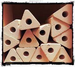 Dual (opal c) Tags: triangles circles clay pottery kiln potterykiln shelfsupports