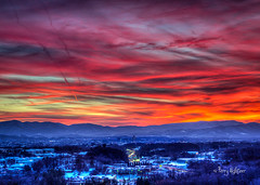 Vivid Valley - Roanoke Sunset Twilight (Terry Aldhizer) Tags: blue winter sunset sky mountains evening twilight january vivid ridge valley terryaldhizercom