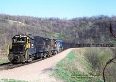 PLE 2812-2818-2039, East View, PA. 4-23-1986 (jackdk) Tags: railroad train railway locomotive coal ge monongahela conrail eastview coaltrain ple coaldrag u28b pittsburghandlakeerie gelocomotive standardcab monongahelarailway geu28b eastviewpa