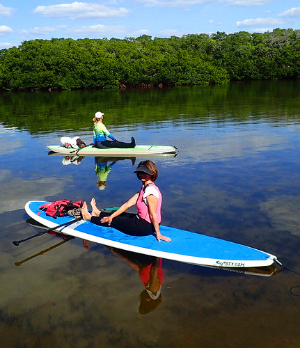 2_28_16 Paddleboard Yoga teach trainiing SRQ 15