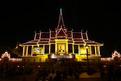 8406817641.jpg (recommendgroup3) Tags: asia cambodia khmer capital evil angkorwat phnompenh why angkor hindu genocide 柬埔寨