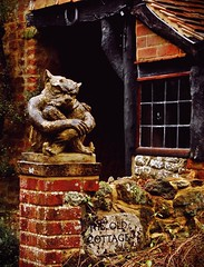2009-12-30n Terrier gargoyle ([Ananabanana]) Tags: winter cold statue architecture design nikon outdoor decorative cottage picasa gimp surrey gargoyle leith 1855mm 1855 dorking nikkor decorate grotesque oldcottage coldharbour d40 nikkor1855mm scrupture nikon1855mm theoldcottage photoscape nikon1855mmkitlens nikonafsdx1855mm