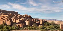 At Benhaddou in evening light (dieLeuchtturms) Tags: panorama dessert morocco maroc atlas afrika wadi marokko goldenhour ksar 2x1 wste eveninglight kasbah abendlicht atbenhaddou hoheratlas goldenestunde soussmassadra
