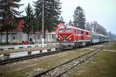 BDZ 75 005, Velingrad 2013-02-04 (Michael Erhardsson) Tags: station bulgaria resa februari tg bulgarien velingrad 2013 bdz tgresa smalspr
