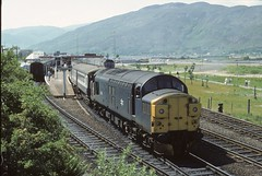 37085 Fort William (jbg06003) Tags: tractor sleeper whl westhighland srps class37 brblue