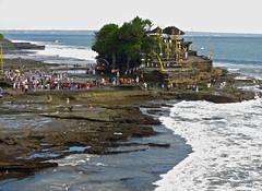 Pura Tanah Lot . Bali (rainy city) Tags: bali indonesia tanahlot