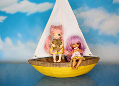 The Sky Pirate Fugitives #7 (Arthoniel) Tags: ocean sea sky toy book boat miniature eyes ship ns ooak tan sunny books scene collection pirate figure sail rement wink rare diorama tilly fugitive winking fel latidoll lati kytes latiyellow normalskin