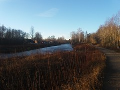 (Jelena1) Tags: winter sky naturaleza nature water grass ro river landscape vinter agua eau wasser sweden hiver schweden natur himmel paisaje rivire ciel cielo invierno gras sverige paysage fluss landschaft zima priroda vatten voda suecia norrland landskap nebo sude trava reka grs flod gstrikland svedska mackmyra gavlen valbo gvleborgsln gvlen gvlekommun gvleborgcounty gvleriver mackmyrabruk