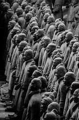 2014-12-08_Voyage Famille Chine 2041-72 (charles.enchine) Tags: xian terracota terrecuite soldats
