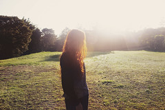 Blinded by the light that's inside you (thsousa) Tags: morning light nature self golden soft earlymorning redhead