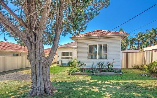 42 Hill Rd, Lurnea NSW