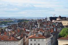 Toits de Lyon depuis la rue des Fanstasques (Richard de Lyon) Tags: lyon toits