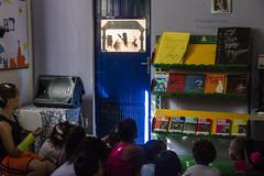 Elisngela Leite_Redes da Mar_17 (REDES DA MAR) Tags: americalatina brasil riodejaneiro mare biblioteca infantil favela cervantes ong leitura novaholanda complexodamare preparatorio elisngelaleite mariaclaramachado contaodehistoria redesdamare nenhumamenos turmadeespanhol
