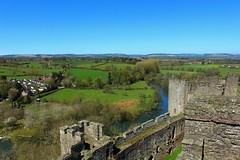 View of the river from Ludlow Castle (Eddie Crutchley) Tags: england river landscape outside countryside europe shropshire medieval historic ludlow ludlowcastle ramparts greatphotographers