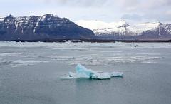 Jkulsrln Glacier Lagoon, Iceland (Chris Seufert) Tags: mountains iceland lagoon glacier iceberg jokulsarlon