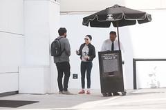 FFN_IMAGE_52039313 FFN_SET_70006171 (robstensimplesmente.amor) Tags: usa sunglasses jeans beverlyhills redshoes blackhat blacktop kristenstewart
