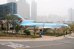 HL7350 Incheon College 20/10/15 (Andy Vass Aviation) Tags: koreanair b727 hl7350 incheoncollege