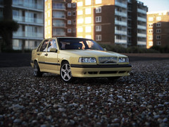 1995 Volvo 850 T5-R 1:18 Diecast by Autoart (PaulBusuego) Tags: china sea summer scale sports car wheel sedan toy sussex drive volvo miniature ut model europe european sweden models performance swedish front east made r vehicle scandinavia saloon saab luxury fwd scandinavian s70 compact 850 boxy on diecast bexhill 740 midsize 760 2015 960 autoart 940 t5r execuive