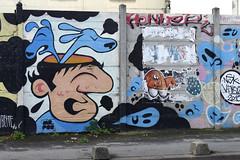 Mr Pee - Meushay (Sbastien Casters) Tags: street streetart pee graffiti mr vitry vitrysurseine meushay