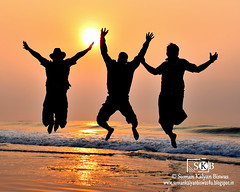 """Jump Up In The Air & Stay There"" (Suman Kalyan Biswas) Tags: morning india beach sunrise fun jump superb joy enjoy simply orissa forcedperspective daybreak intheair magicmoment puri masti seabeach jumpup fununderthesun morningmagic puribeach simplysuperb jumpintheair staythere odisha puriseabeach portraitureinmotion lovelyeyeshore jumpupintheairstaythere friendstogather"