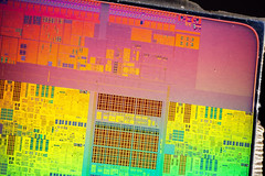 Intel@Sandybridge@Ivy_Bridge-EX_(Ivytown)@Xeon_E7_V2@QDPJ_ES___Stack-DSC07717-DSC07765_-_ZS-retouched (FritzchensFritz) Tags: macro ex vintage focus die open shot intel stacking es cpu makro supermacro lga package wafer cracked core processor fokus xeon ivybridge prozessor supermakro 20111 focusstacking cpupackage cpudie heatspreader 30threads stackshot dieshot fokusstacking stackrail ivytown dieshots waferdie wafershot qdpj 15cores