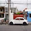 Cozumel, Mexico (Minno Ramirez) Tags: street urban bicycle sign vw volkswagen mexico calle decay beetle urbano cozumel mundane urbanlandscape noestacionarse contemporarylandscape volky newtopographics