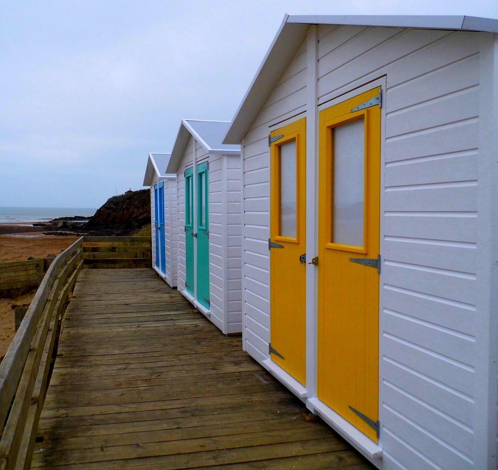 Summerleaze Huts on the Beach