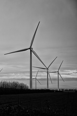wind turbines near kettering (andrey_stefan) Tags: sunset nature landscape nikon wind tamron greenpower