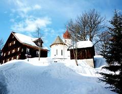 Damls village (hatschiputh) Tags: blue sky sun snow vorarlberg austri bregenzerwald damls