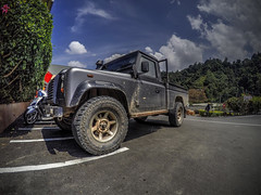 GOPR1862_HDR (My Pretty Bride) Tags: 4x4 outdoor bluesky landrover cameronhighland