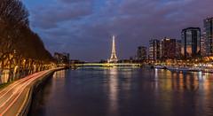 Paris, Quartier Beaugrenelle (Didier Ensarguex) Tags: paris canon latoureiffel 75 2470l28 pontdegrenelle voieexpress lastatuedelalibert quartierbeaugrenelle rflexionreflet 5dsr didierensarguex