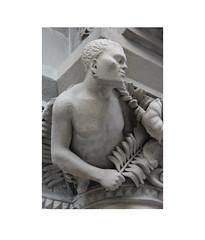 Figures (Pictures from the Ghost Garden) Tags: urban sculpture architecture buildings landscape scotland nikon glasgow details statues dslr urbanlandscape 18105mm d7100