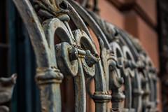 Carnival of rust (lensflare82) Tags: old art window canon fence grid eos rust iron mesh alt fenster kunst rusty grill dirt embellishment rost amateur scroll lattice squiggle beginner gitter dreck shutterbug eisen anfnger verzierung 700d