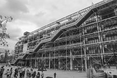 Inside out (zenichetti) Tags: paris europa centro eurotrip pompidou georges ferias