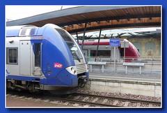 SNCF meets CFL (Train station Luxembourg-City) (p_jp55 (Jean-Paul)) Tags: gare eisenbahn railway bahnhof trainstation luxembourg luxemburg cfl sncf saarlorlux stadtluxemburg chemindefer lëtzebuerg cityofluxembourg villedeluxembourg stadlëtzebuerg