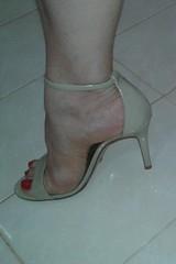 #footfetish #footgirl #sandals #santalolla #pesfemininos #sandalianude #rednails #unhasvermelhas (feetfootlover) Tags: foot sandals footfetish rednails unhasvermelhas santalolla footgirl pesfemininos sandalianude