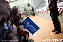 Campaign Signage (Greenpeace USA 2015) Tags: usa democracy newhampshire exeter vote republican democrat keepitintheground
