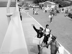 Agua va agua viene (Gonzak) Tags: trip viaje friends amigos water photo agua colombia spiders ciudad olympus cartagena uru gettyimages gk arachnology uz arañas e500 guz 2011 gonzak useta ccongreso