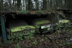 (Farlakes) Tags: cars abandoned benz decay bmw lada farlakes