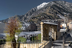 Andorra city view: Andorra center, Andorra (lutzmeyer) Tags: pictures winter friedhof rural photography photo europe foto fotografie image photos pics centre january picture center images enero fotos invierno below baixa bild unten andorra ee bilder imagen pyrenees januar iberia cementery pirineos pirineus iberianpeninsula pyrenen imatges hivern gener viertel imatge engordany escaldesengordany ortsteil iberischehalbinsel stadtgebiet leicax1 avingudadelpessebre parroquiaescaldesengordany andorracity cementiridelpessebre lutzmeyer lutzlutzmeyercom