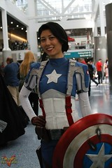Wondercon 2016 - Cosplay (V Threepio) Tags: photography la losangeles costume outfit cosplay conventioncenter unretouched marvel captainamerica comicconvention unedited wondercon crossplay 28135mmlens canon7d rule63 wondercon2016