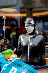 Free Lolita the Orca protest - 1st April 2016 (The Weekly Bull) Tags: uk london mask protest animalrights demonstration orca killerwhale miamiseaquarium orcinusorca streettheatre lolitatheorca arlecapital