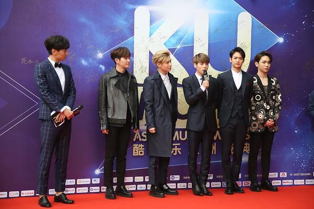 160329 SHINee @ 2016 KU Asia Music Awards' 25920737150_f4df3e5c1b_z