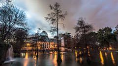 - Beauty Of The Twilight - (Mr. LookUP II M.K.Z.P. II) Tags: trees nature water glass night clouds canon photography lights noche natural nacht wideangle el palace retiro 1740mm longtimeexposure longshutterspeed exposured 5dmarkiii