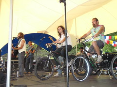 P5103815_The Ginger Ninjas (sdttds) Tags: art students hippies livemusic free quad wef alternative ucdavis musicfestival wholeearthfestival bicyclepowered wef2009 thegingerninjas