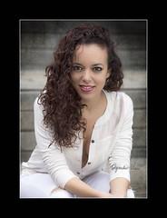 Atteneri (Alejandro Zeren Homs) Tags: mujer retrato sonrisa mirada pelo humildad sencillez cercania espontaneidad naturalidad atteneri medioplano alejandrozerenhoms