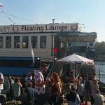 "Eastern Comfort Hostelboat Berlin <a style=""margin-left:10px; font-size:0.8em;"" href=""http://www.flickr.com/photos/129463887@N06/26145818114/"" target=""_blank"">@flickr</a>"