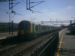 350247 @ Tring (ianjpoole) Tags: london working tring euston midland 350247 2t24