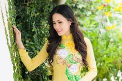 """""""Hnh Phc Ngy Thu"""" tn vinh v p ph n Vitt (Ivan Nguyen VN) Tags: sao phong cch ch tp phongcachsao"""