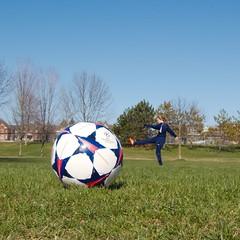 Week #16 Forced Perspective (steve.schlick) Tags: sky grass sport ball football kick outdoor soccer strike forcedperspective week16 52in2016
